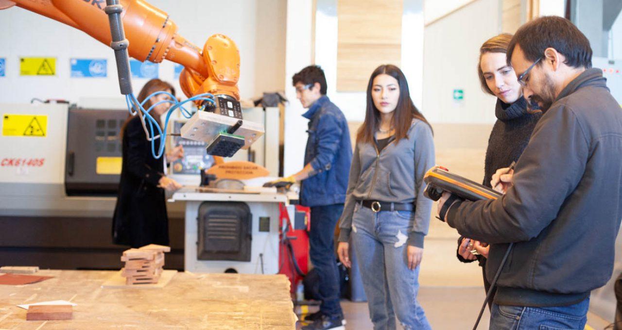 Ingeniería en Diseño<br>doble titulación con<br>Ingeniería Civil Industrial