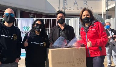Design Lab dona escudos faciales a Peñalolén
